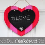 Valentine's Day Chalkboard Decoration