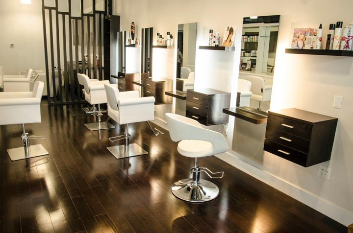 tipsy salon bar a dynamic combination of beauty brains and booze. Black Bedroom Furniture Sets. Home Design Ideas
