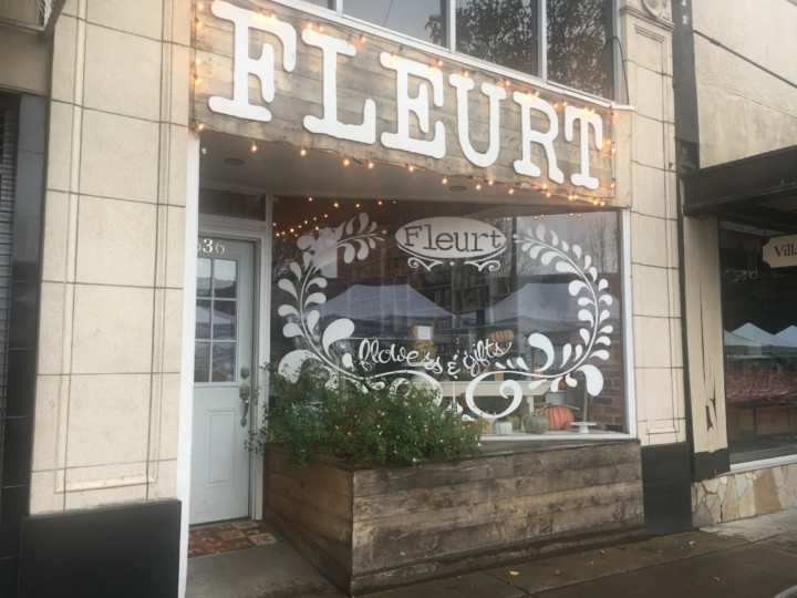 small business saturday seattle