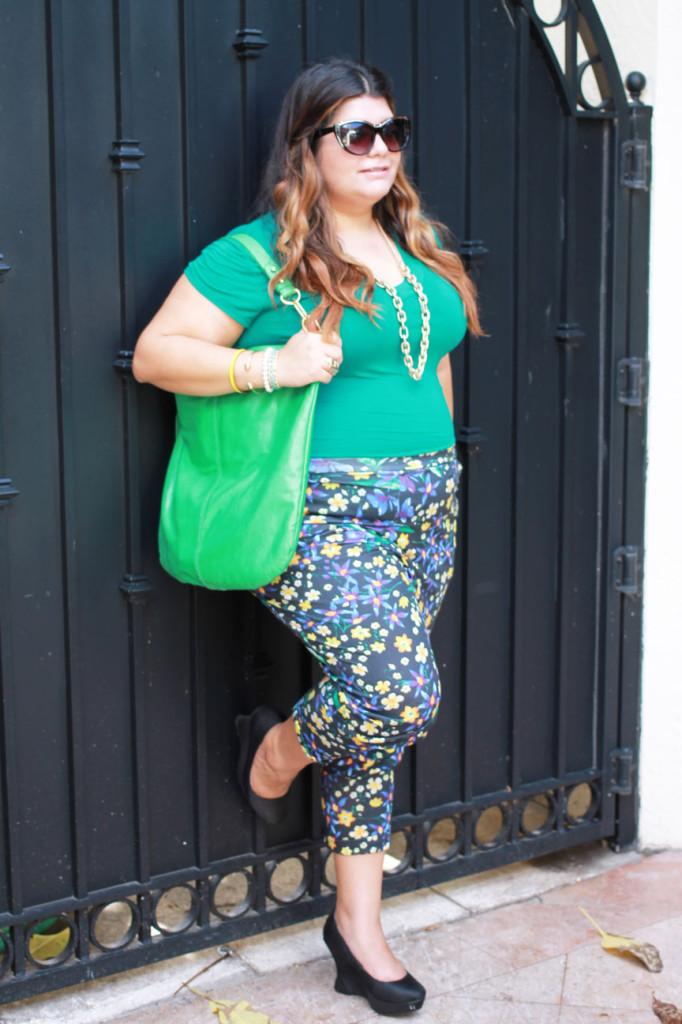 Floral print peg pants