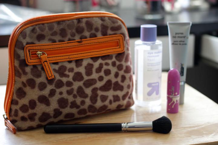 How long to keep a makeup bag?