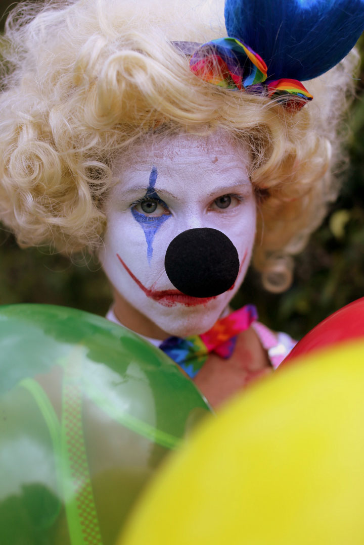 Halloween-makeup-and-costume-idea-Creepy-Clown