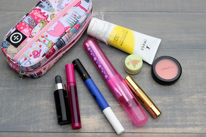 Travel makeup bag essentials and tips
