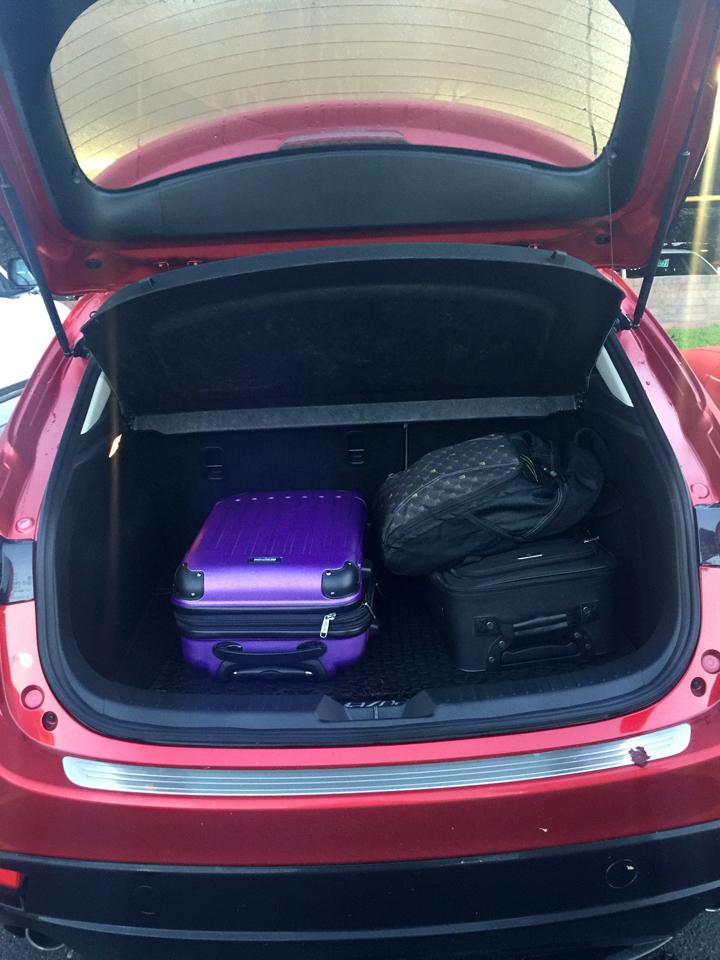 2016-Mazda3-s-grand-touring-8