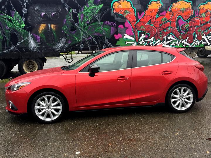 2016-Mazda3-s-grand-touring-9