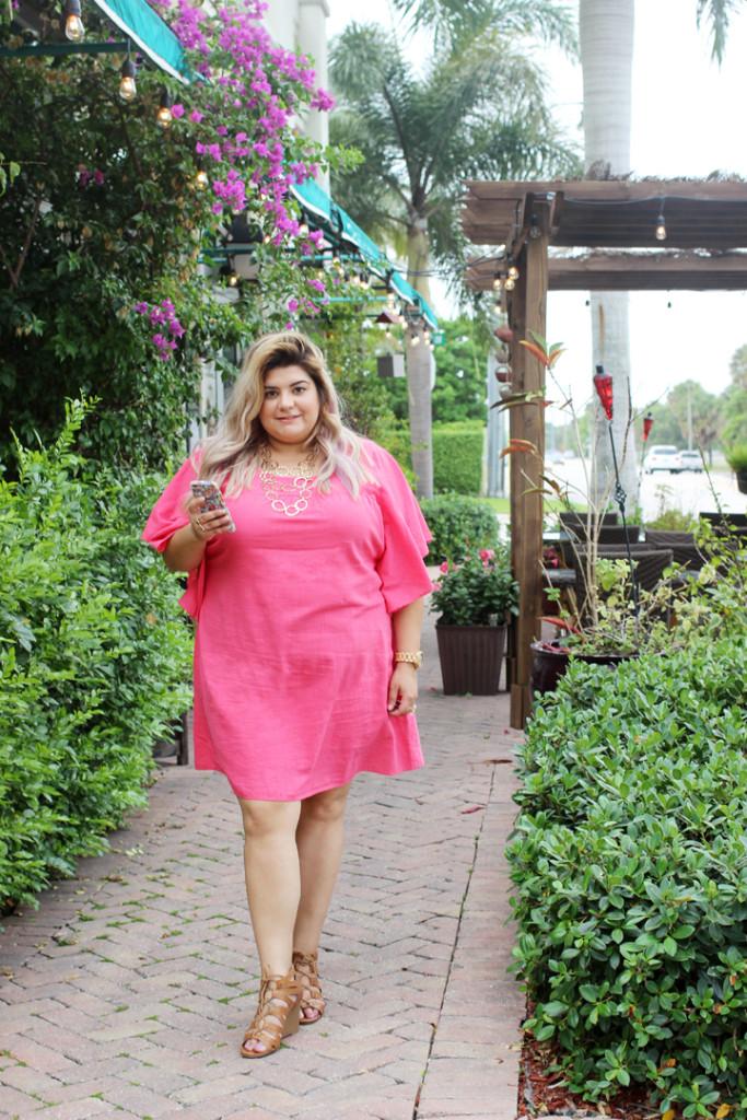 http://www.prettyinpigment.com/wp-content/uploads/2016/06/ruffles-summer-fashion-trend