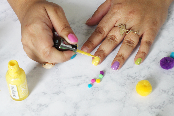diy nail art pom pom nails
