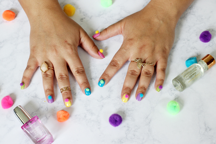 diy pom pom nails
