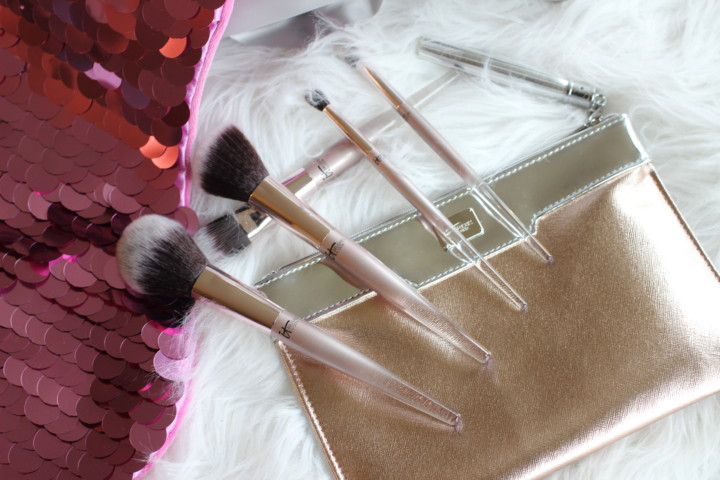 it-cosmetics-holiday-brushes